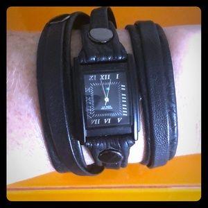 La Mer black leather wrap watch